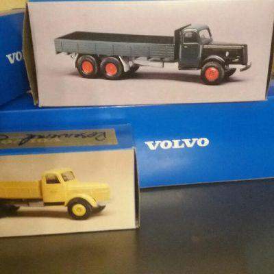 Nya gamla Volvo lastbilar i 1.43 /1.50 skalan